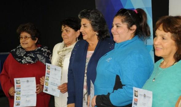 Exitosa participación de vecinos de Viña del Mar en talleres sociales gratuitos impartidos por el municipio