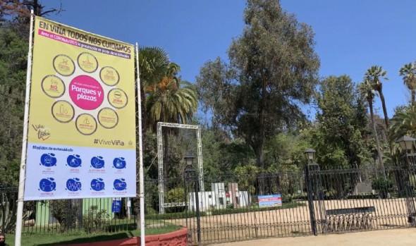 Municipio de Viña del Mar instala señalética de autocuidado en parques y plazas para fase de desconfinamiento