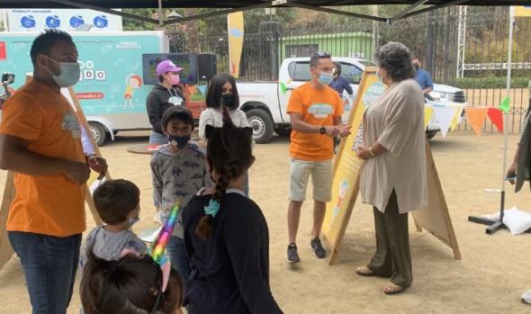 """Móvil """"Aprendo jugando en verano"""" visitó Viña del Mar para fortalecer habilidades socioemocionales en los niños"""