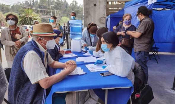 Con nuevos puntos de inoculación prosigue proceso de vacunación contra el Covid-19 en Viña del Mar