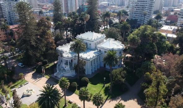 Plataforma de rutas patrimoniales destaca a Viña del Mar con sus jardines, castillos y palacios frente al mar