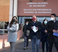Gobernador Rodrigo Mundaca y alcaldesa Macarena Ripamonti definen aspectos prioritarios para desarrollar trabajo en conjunto
