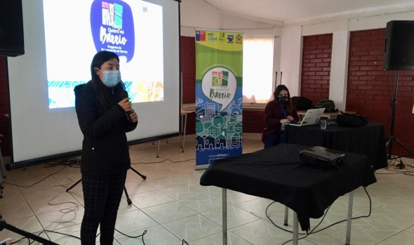 Quiero mi barrio: Vecinos de Forestal Alto participan en capacitaciones para fortalecer sus emprendimientos