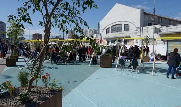 Una plaza para el encuentro ciudadano: la nueva cara de la explanada del Mercado municipal para potenciar el centro comercial de Viña