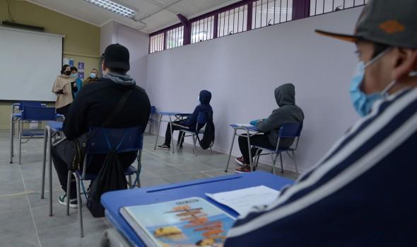 Más del 60% de las escuelas de Viña ya está con clases presenciales con importantes medidas sanitarias