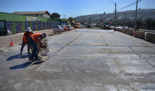 Municipio de Cuidados pavimenta explanada de Feria de Achupallas